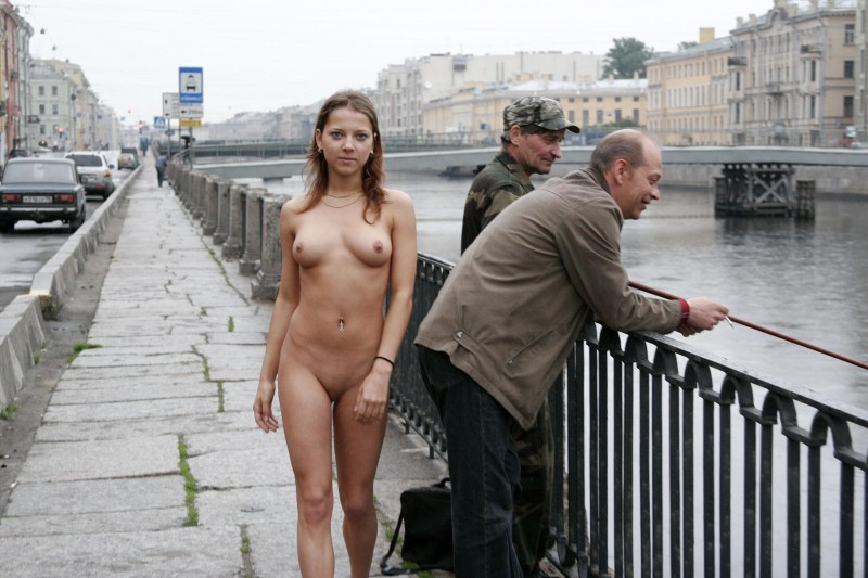 janina-st-petersburg-nude-in-russia-17
