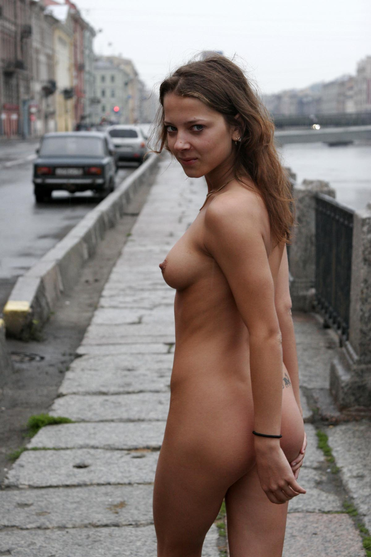 nude-in-russia-e janina-st-petersburg-nude-in-russia-21