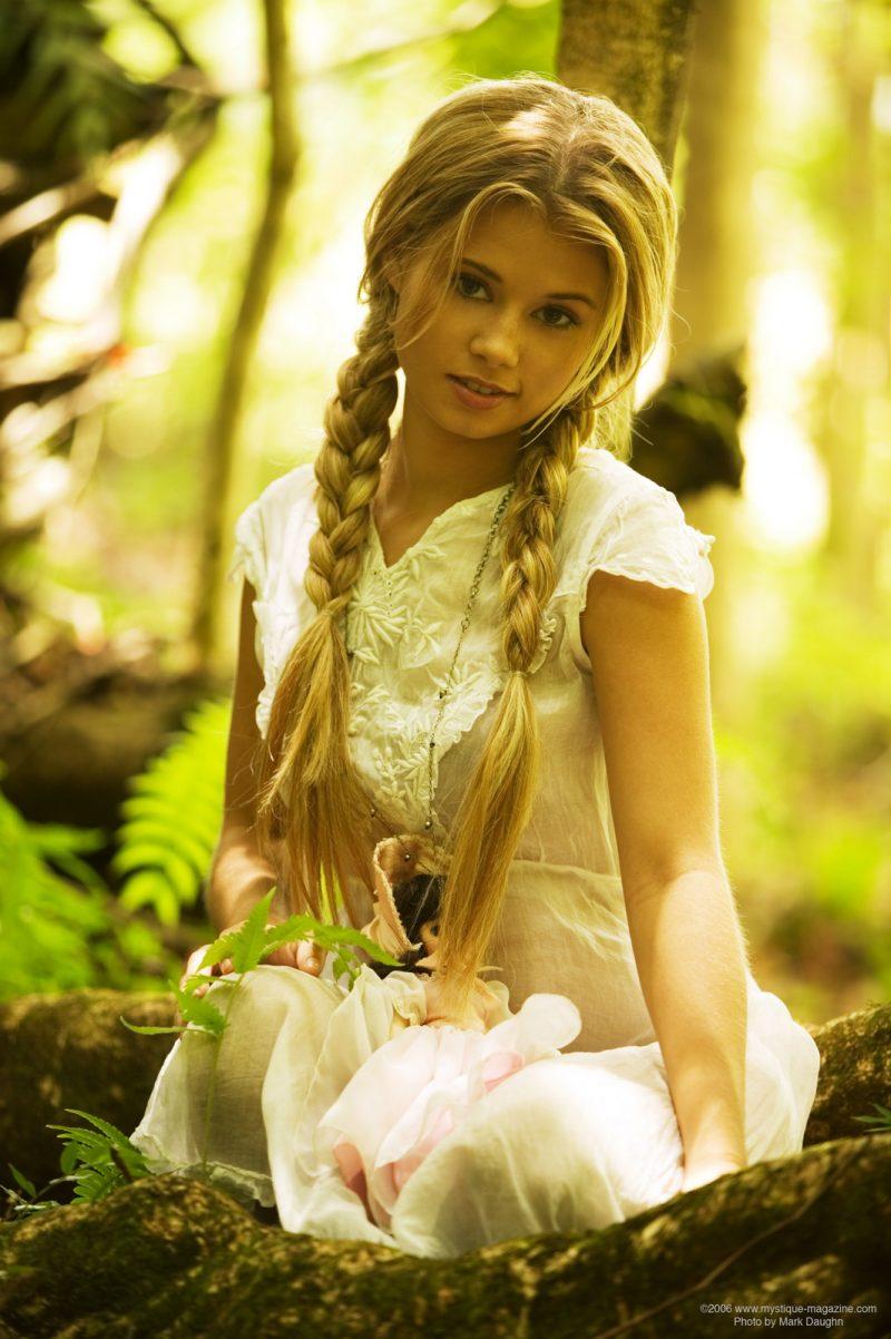 http://redbust.com/stuff/jannah-burnham-lost-in-the-woods/jannah-burnham-woods-blonde-pigtails-naked-mystique-magazine-02-800x1202.jpg