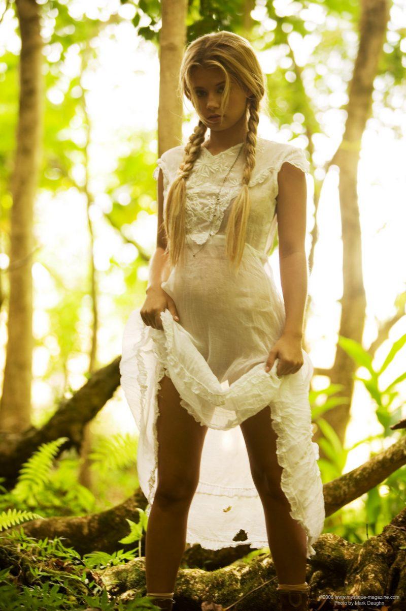 http://redbust.com/stuff/jannah-burnham-lost-in-the-woods/jannah-burnham-woods-blonde-pigtails-naked-mystique-magazine-05-800x1202.jpg