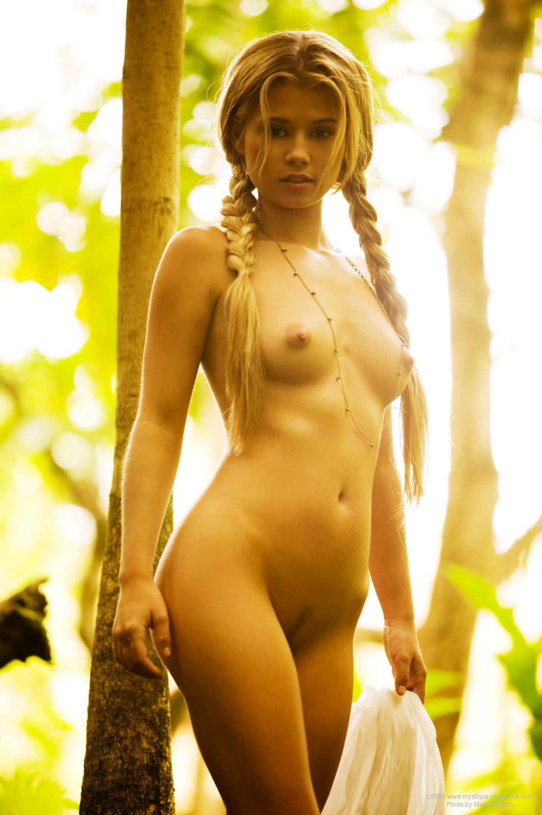 jannah-burnham-woods-blonde-pigtails-naked-mystique-magazine-08