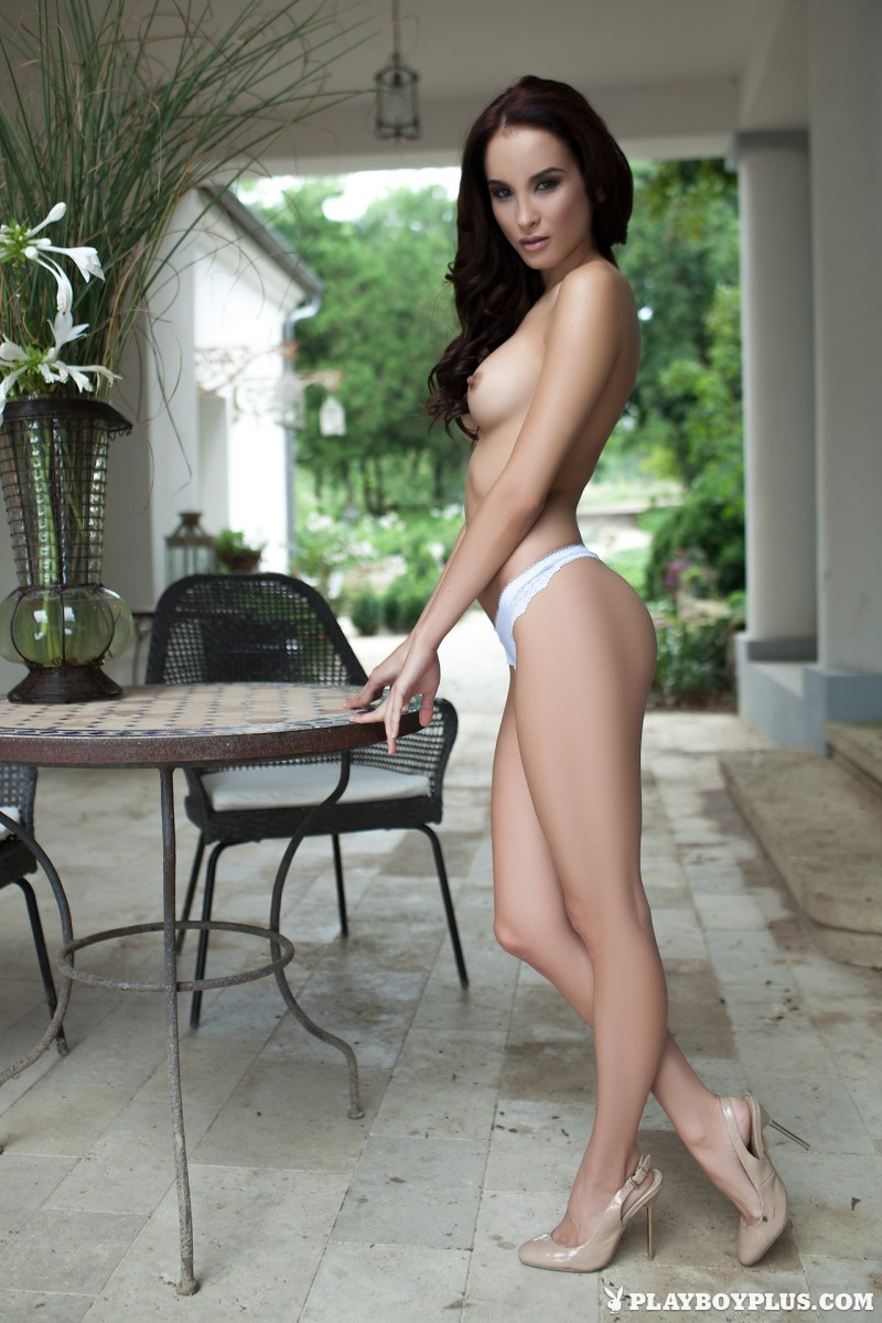 jasmin-nude-white-nighty-playboy-13