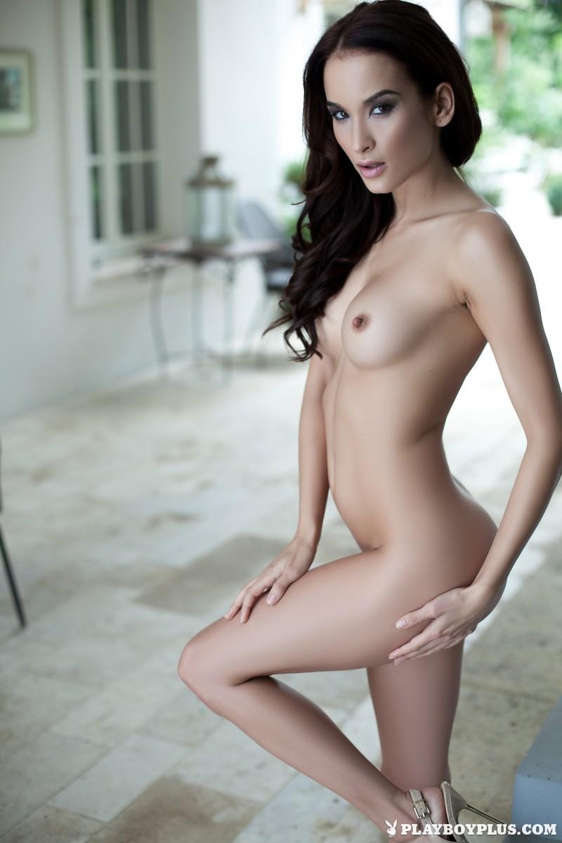 jasmin-nude-white-nighty-playboy-24