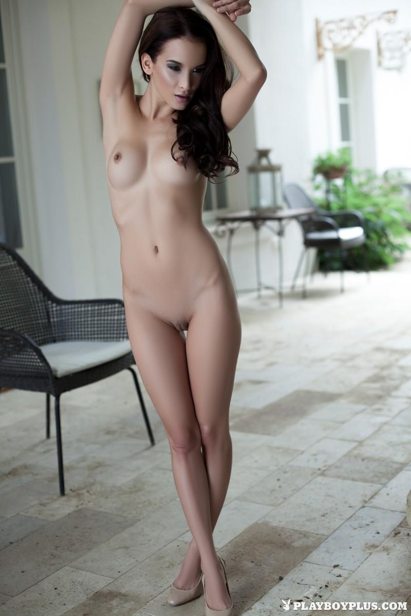 jasmin-nude-white-nighty-playboy-27