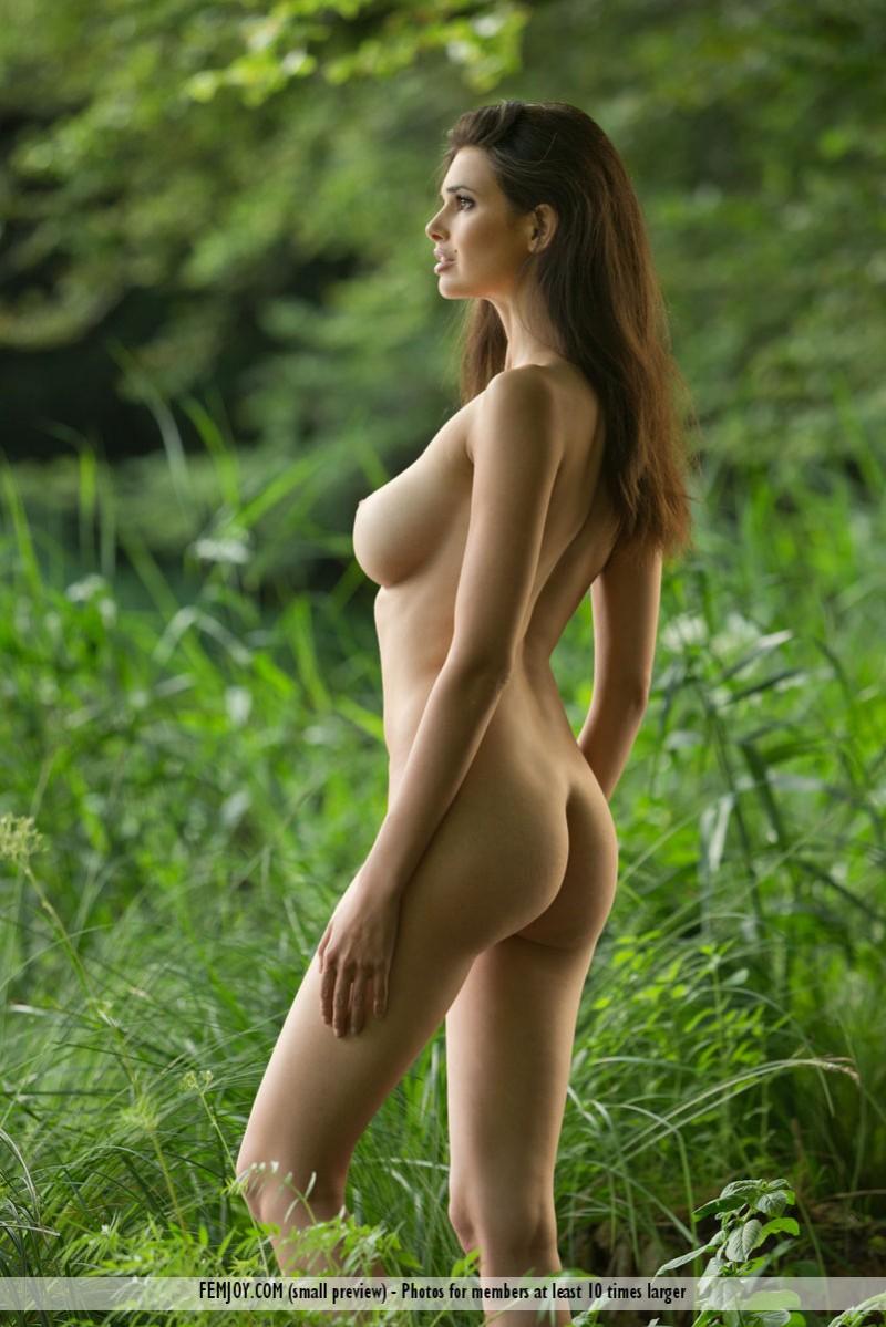 jasmine-a-nude-lake-femjoy-03
