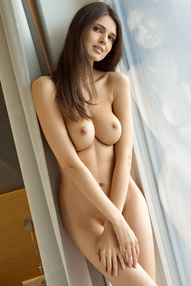 jasmine a nude