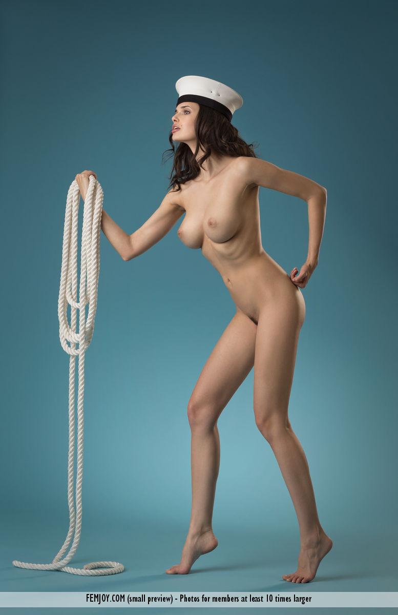 jasmine-a-naked-sailor-femjoy-08