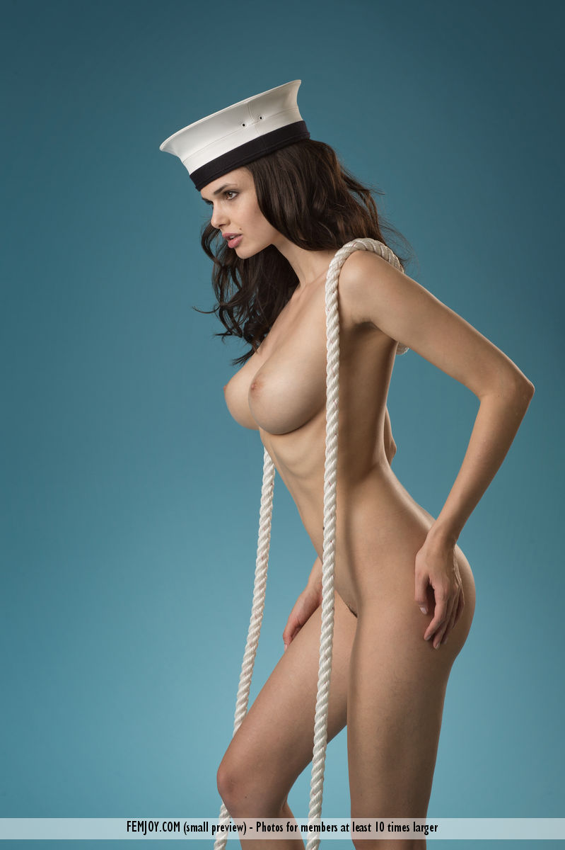 nude female sailors pics