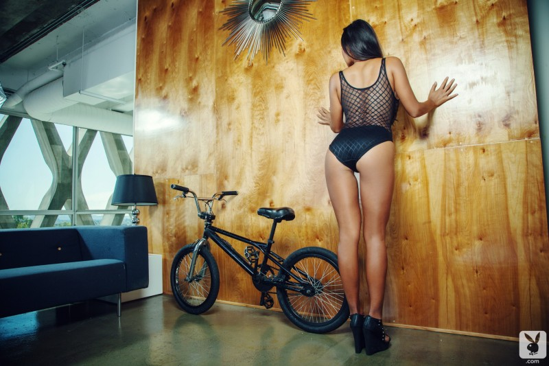 jeannie-santiago-bmx-nude-playboy-01