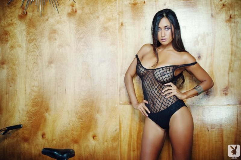 jeannie-santiago-bmx-nude-playboy-02