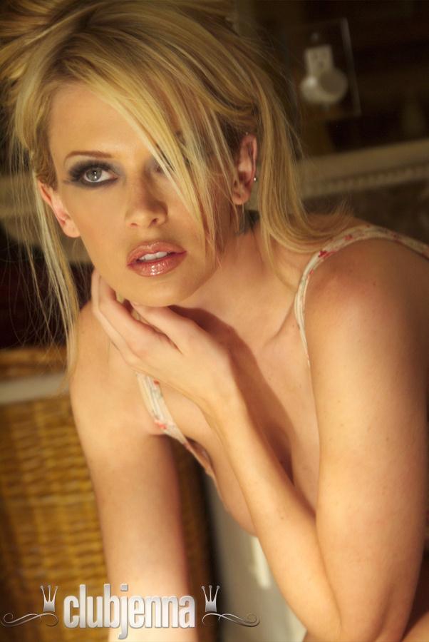 jenna-jameson-corset-clubjenna-02