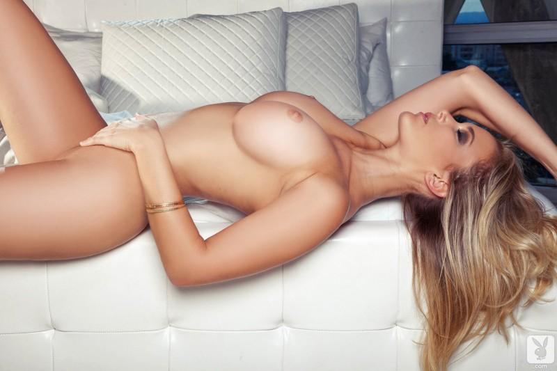 jenni-lynn-lingerie-playboy-12