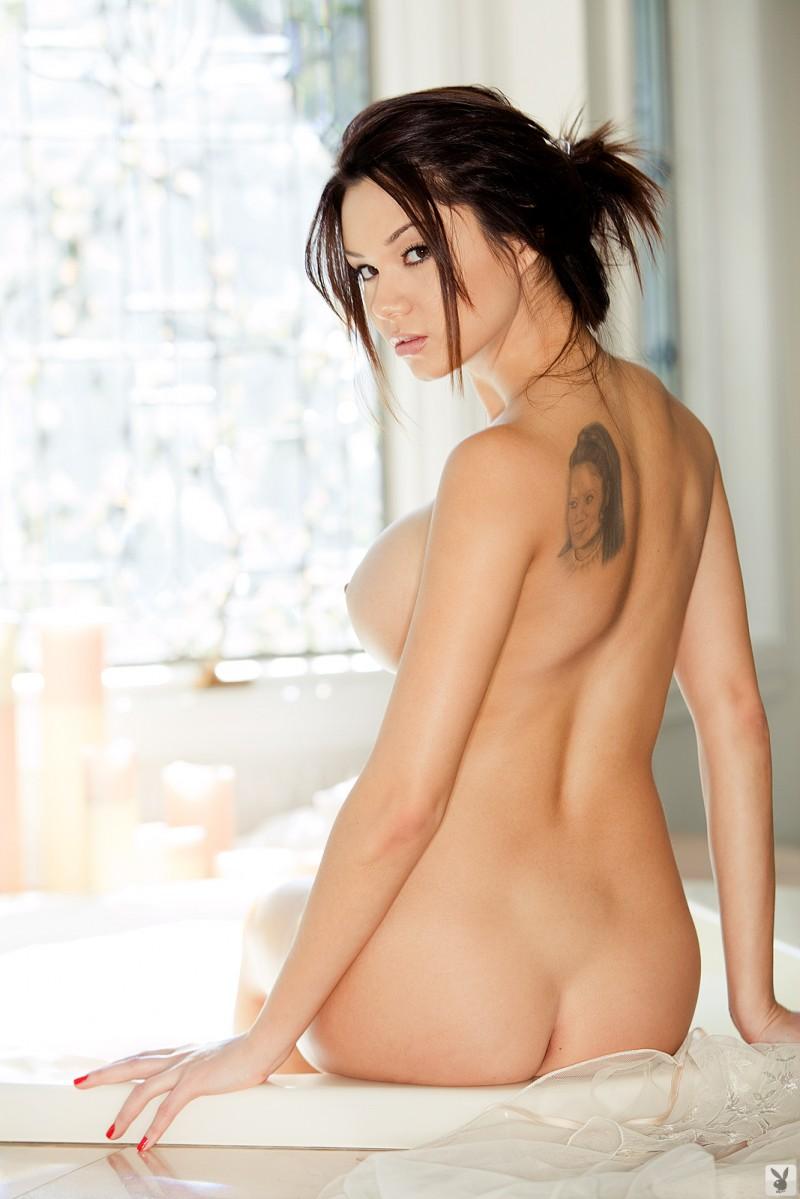 jennie-reid-bath-playboy-12