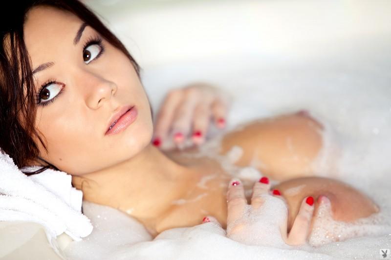 jennie-reid-bath-playboy-26