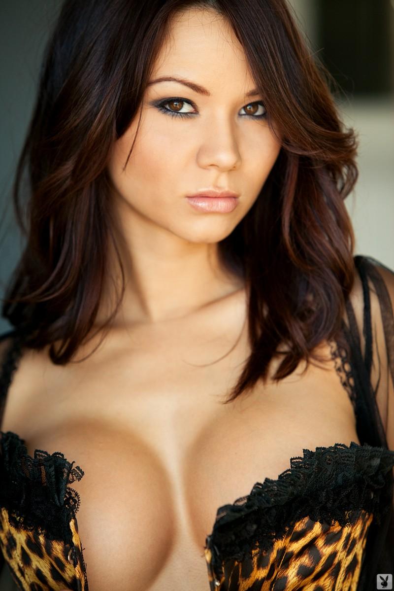 jennie-reid-corset-nude-playboy-03