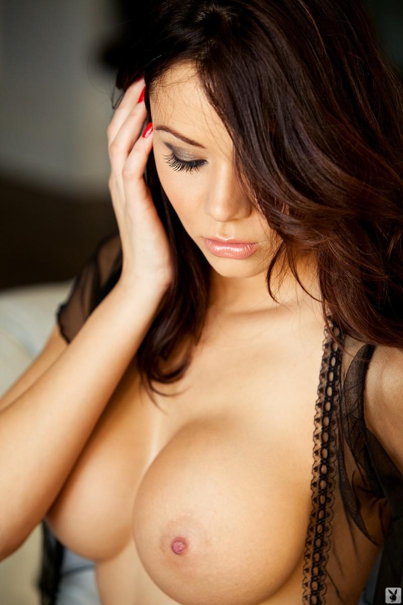 jennie-reid-corset-nude-playboy-15