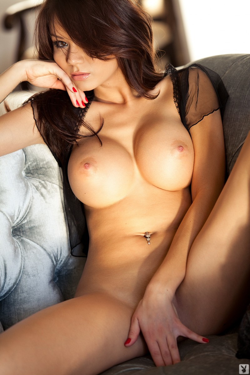 jennie-reid-corset-nude-playboy-21