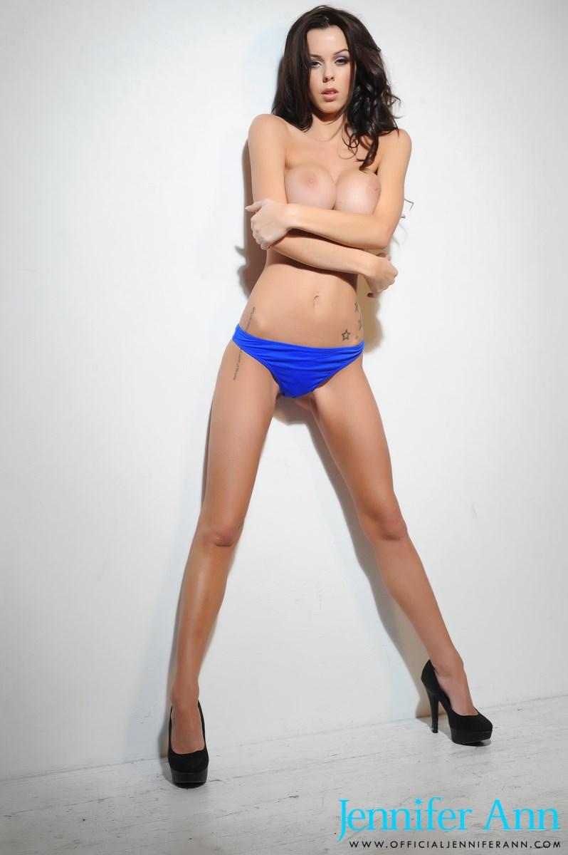 jennifer-ann-boobs-nude-high-heels-14
