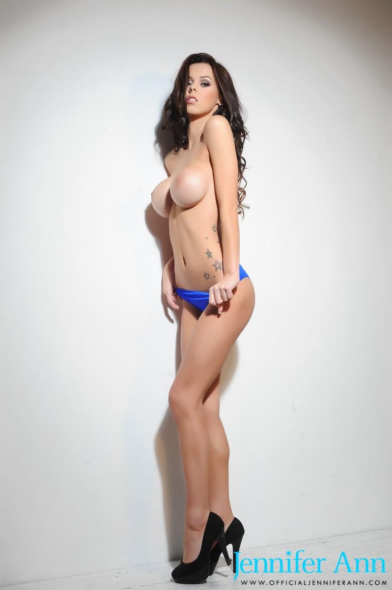 jennifer-ann-boobs-nude-high-heels-16