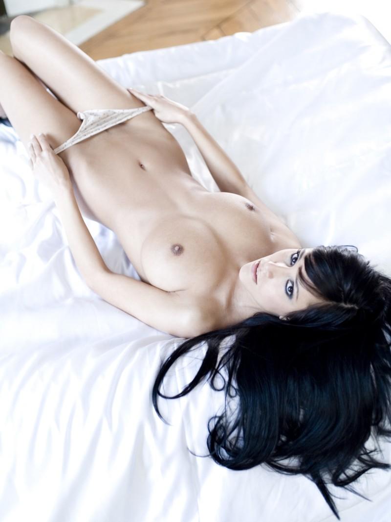 jennifer-henschel-nude-playboy-11
