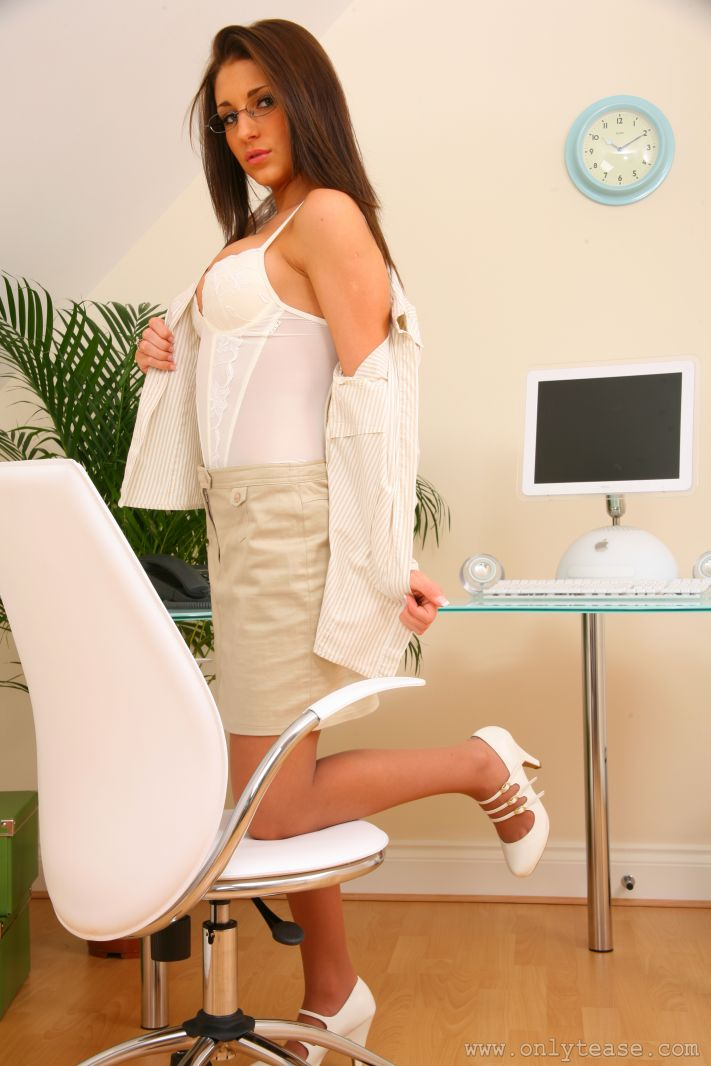 jenny-laird-nude-office-onlytease-10