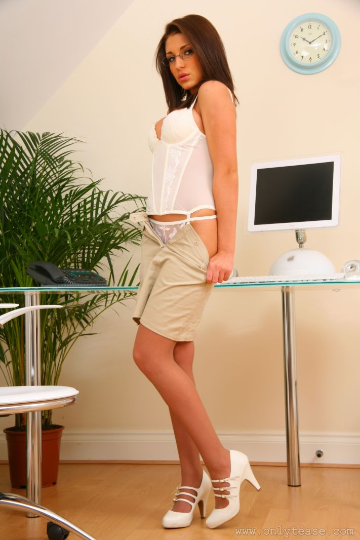 jenny-laird-nude-office-onlytease-13