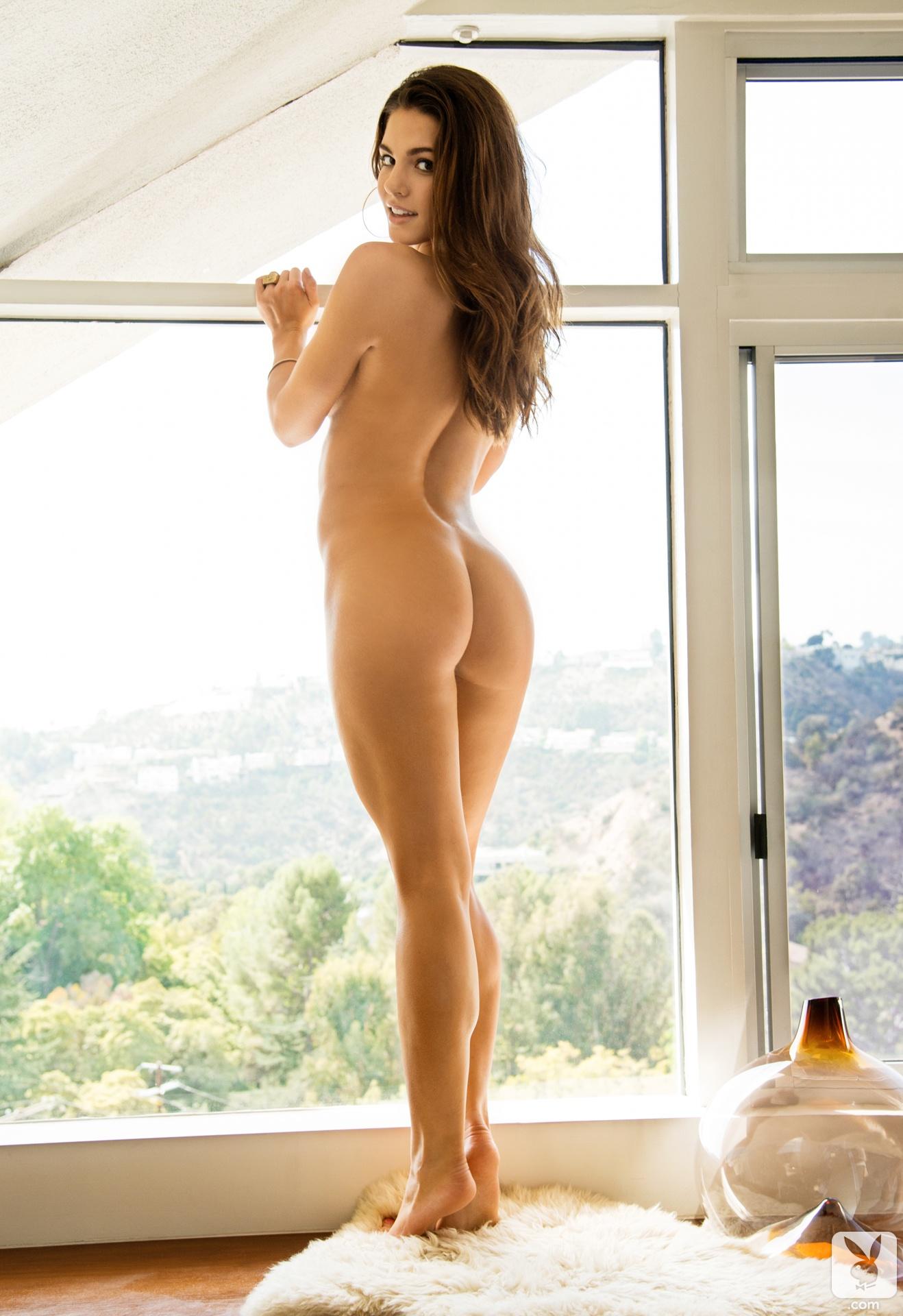 ashley tisdale posing nude jpg 422x640