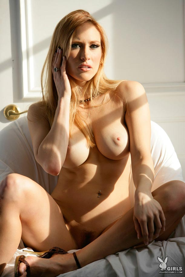 jessica-lorin-nighty-playboy-09