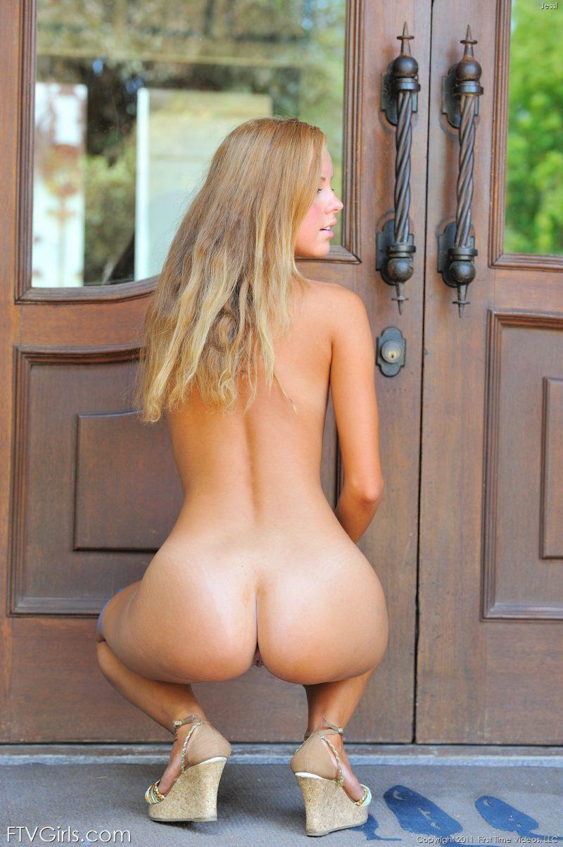 jessi-jeans-shorts-nude-ftvgirls-26