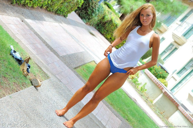 jessi-jeans-shorts-nude-ftvgirls-45
