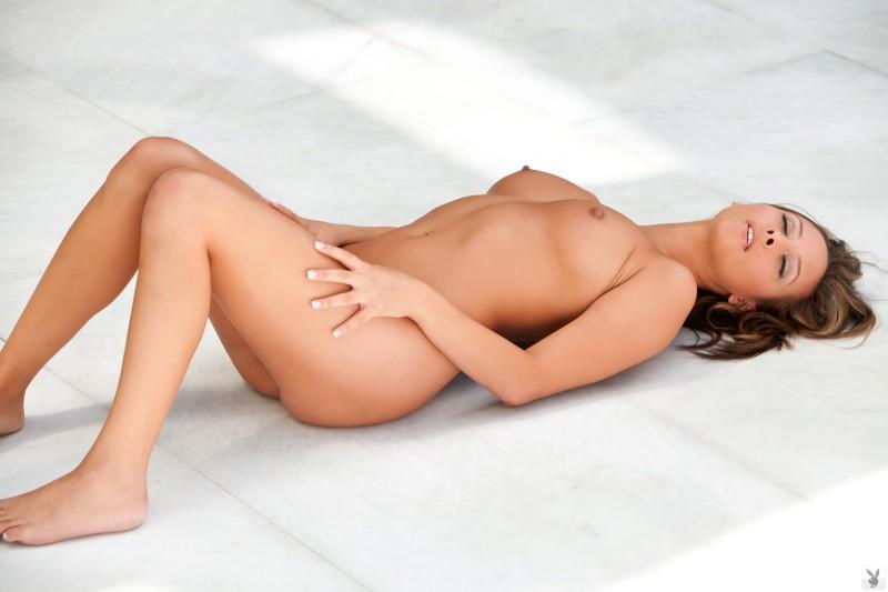 jessika-alaura-bikini-coed-playboy-16