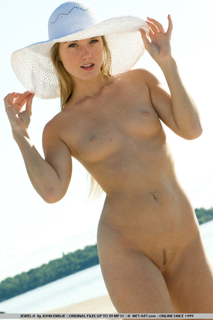 jewel-a-bikini-beach-metart-15