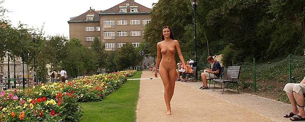 Jirina – Naked tourist girl vol.4