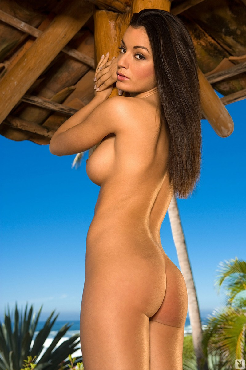 jo-garcia-holiday-resort-playboy-13