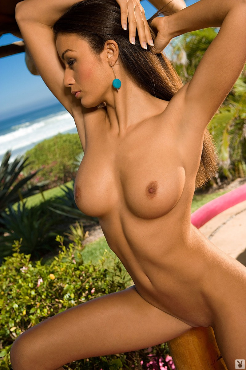 jo-garcia-holiday-resort-playboy-20