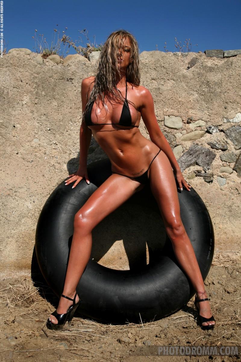 jodie-dart-bikini-photodromm-01