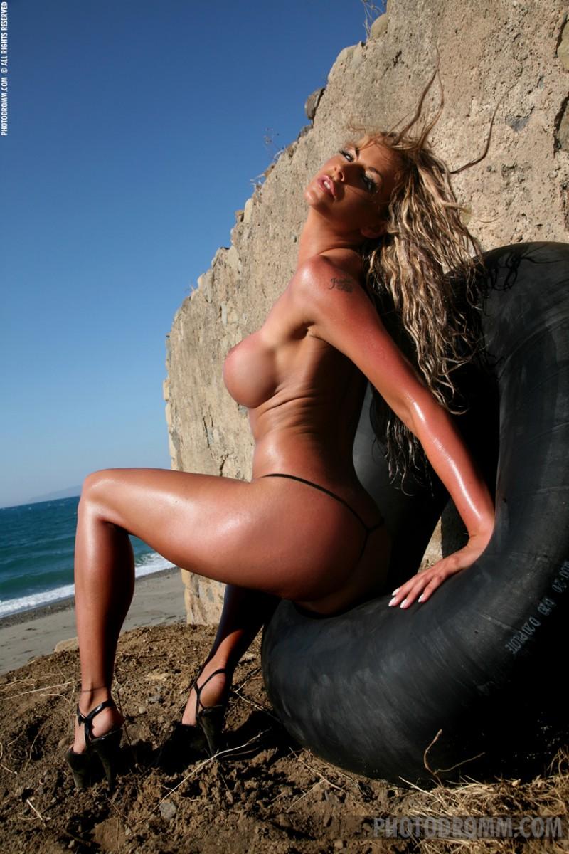 jodie-dart-bikini-photodromm-05