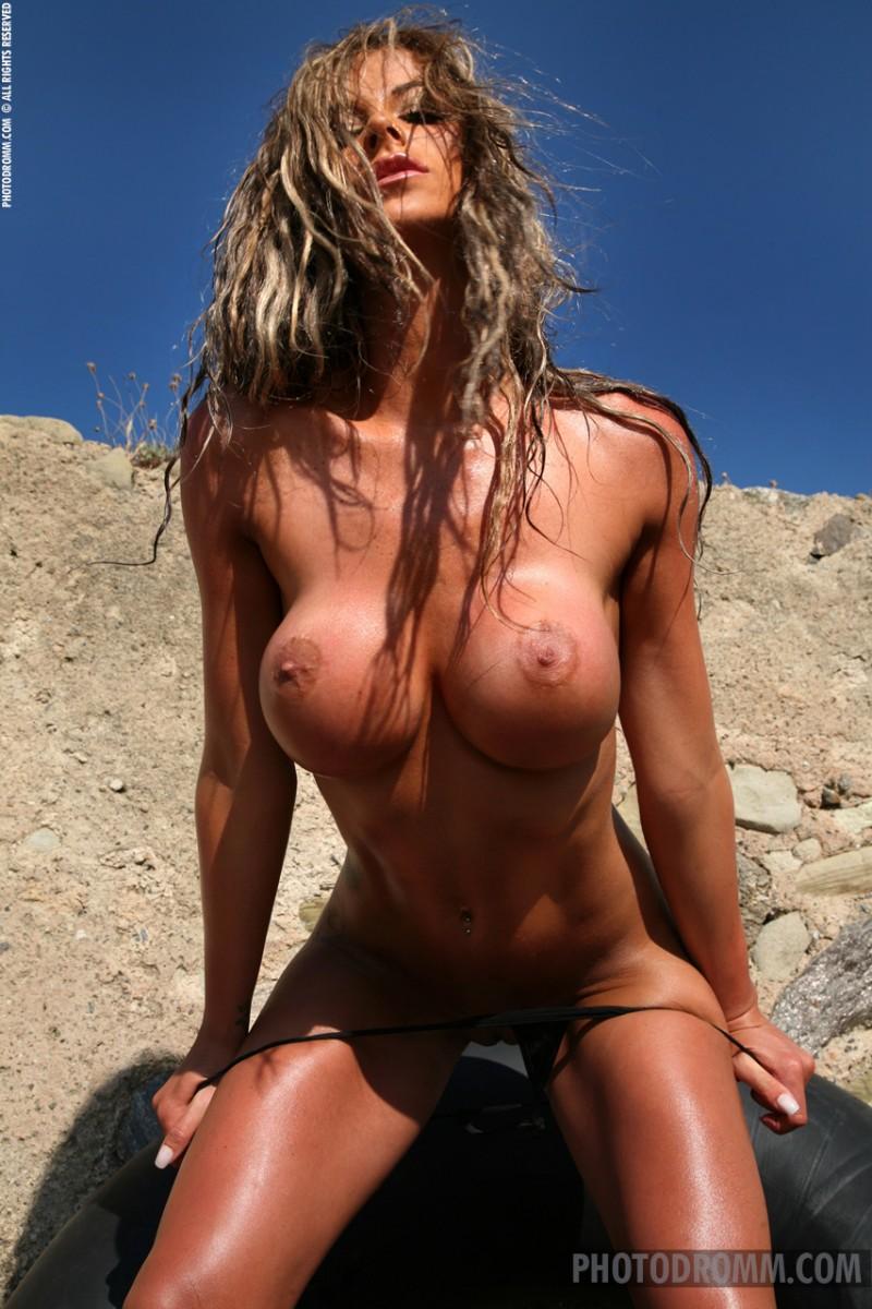 jodie-dart-bikini-photodromm-07