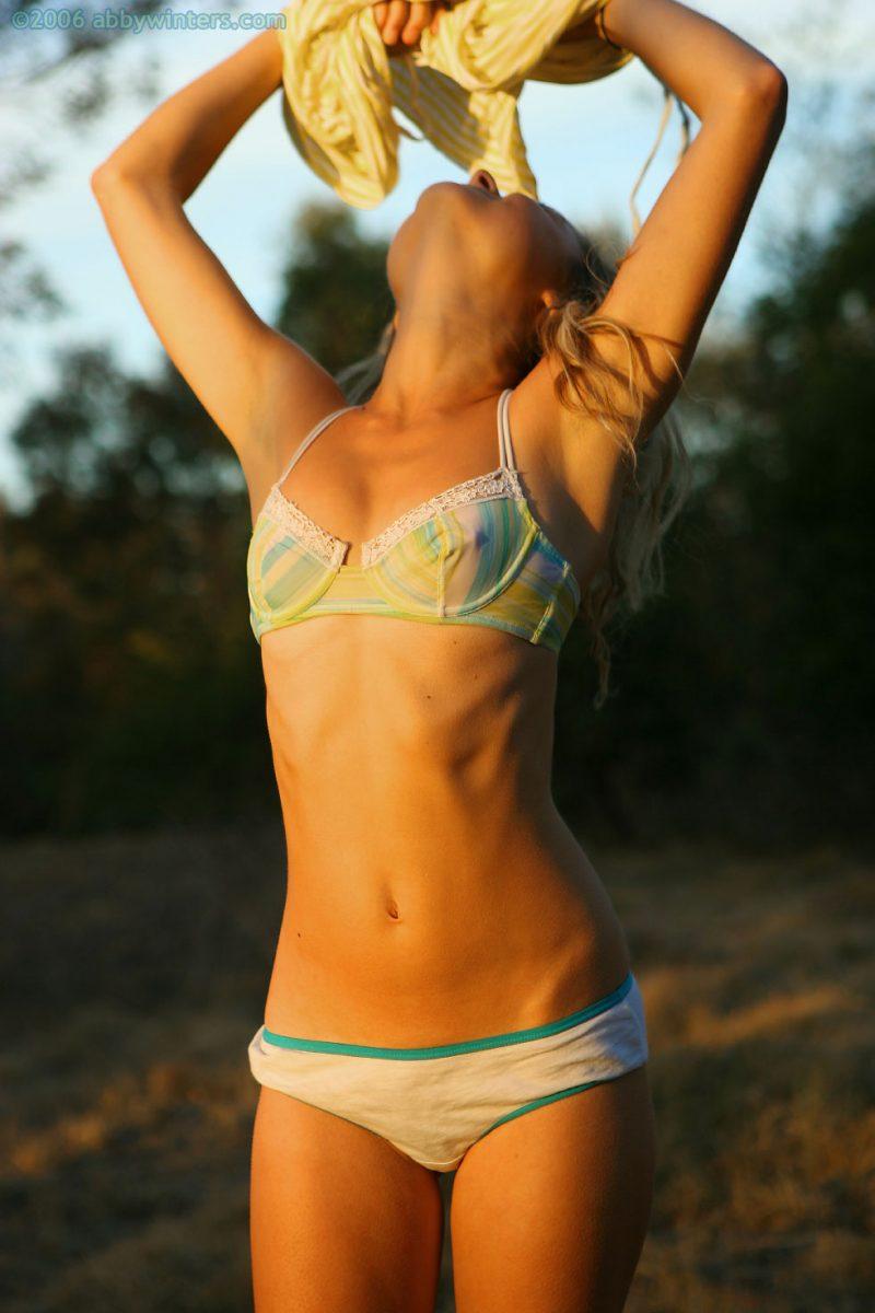 johanna-nude-sunset-abbywinters-07