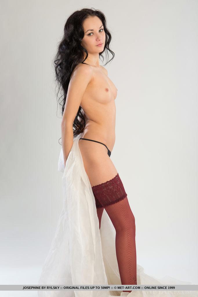 josephine-stockings-nude-metart-03
