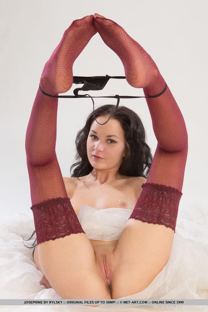 josephine-stockings-nude-metart-10