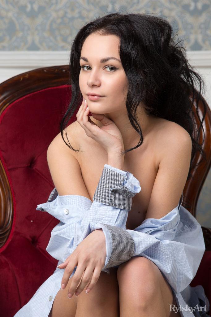 josephine-nude-brunette-rylskyart-16