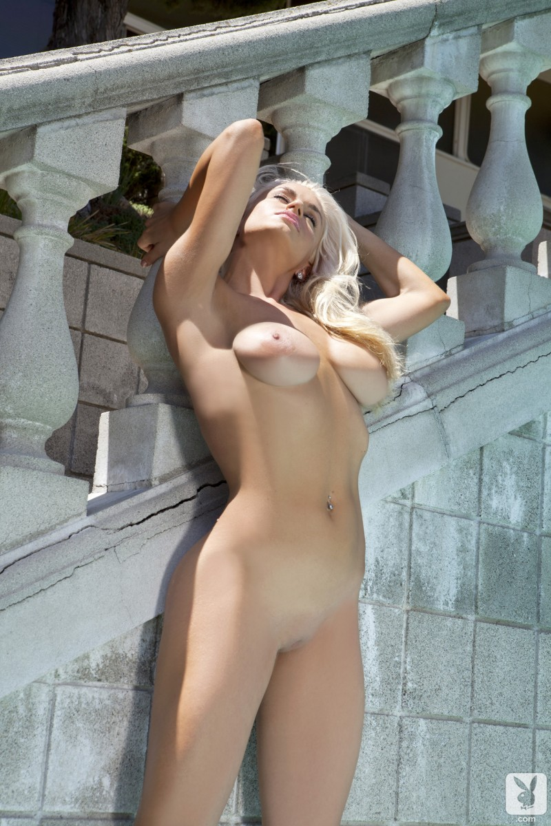 joyce-jones-amateur-playboy-20