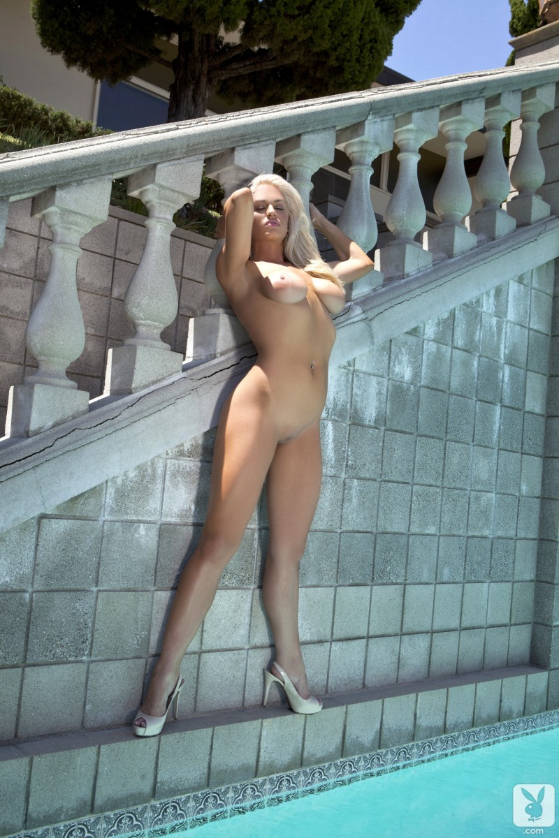 joyce-jones-amateur-playboy-21