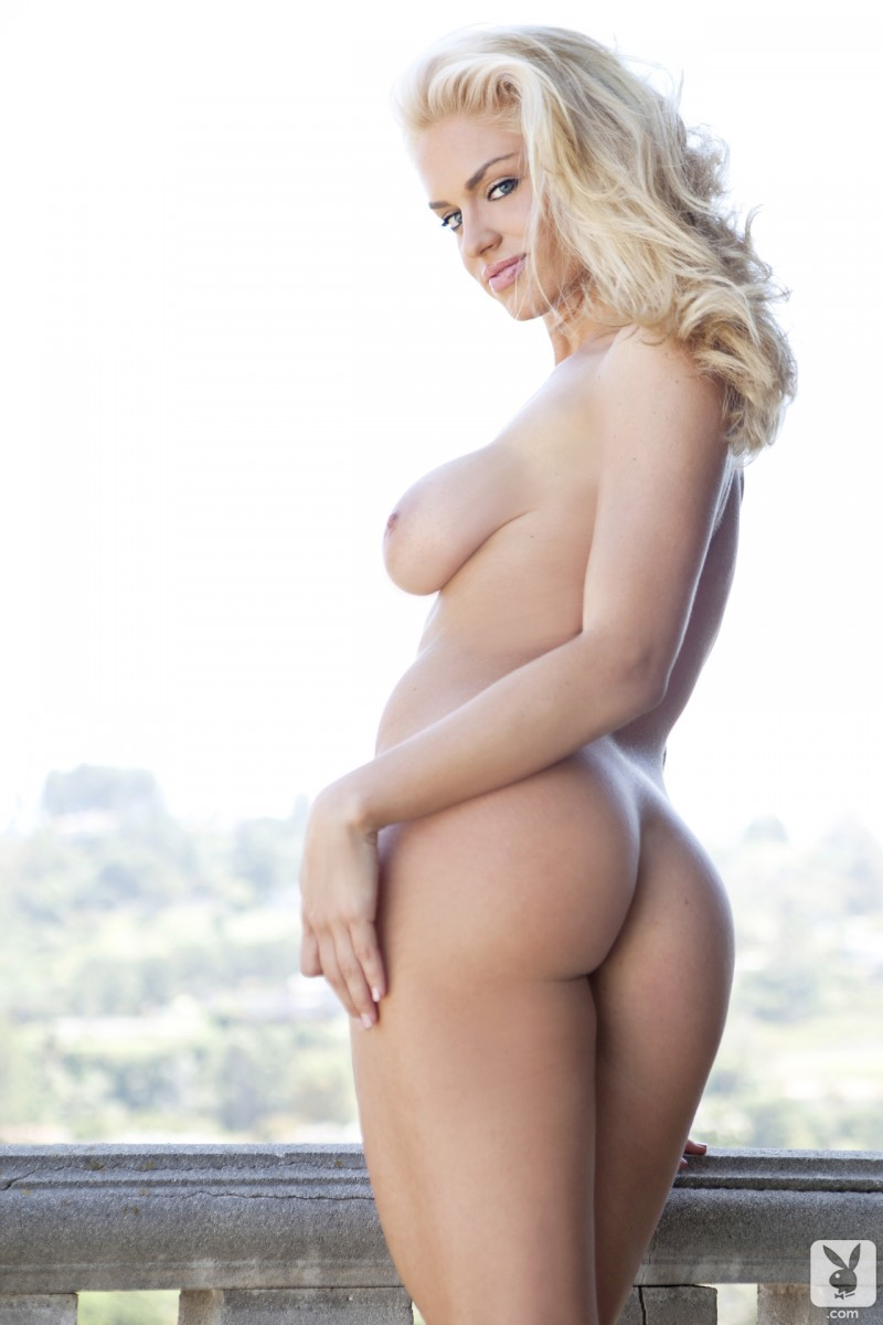 joyce-jones-amateur-playboy-27