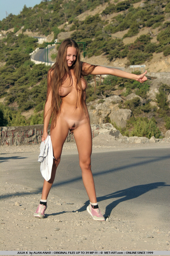 julia-k-naked-hitchhiker-met-art-06