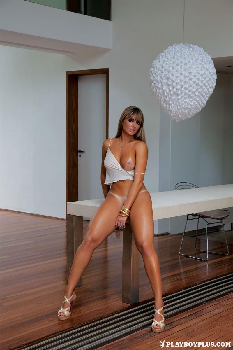 juliana-salimeni-nude-brazil-playboy-01