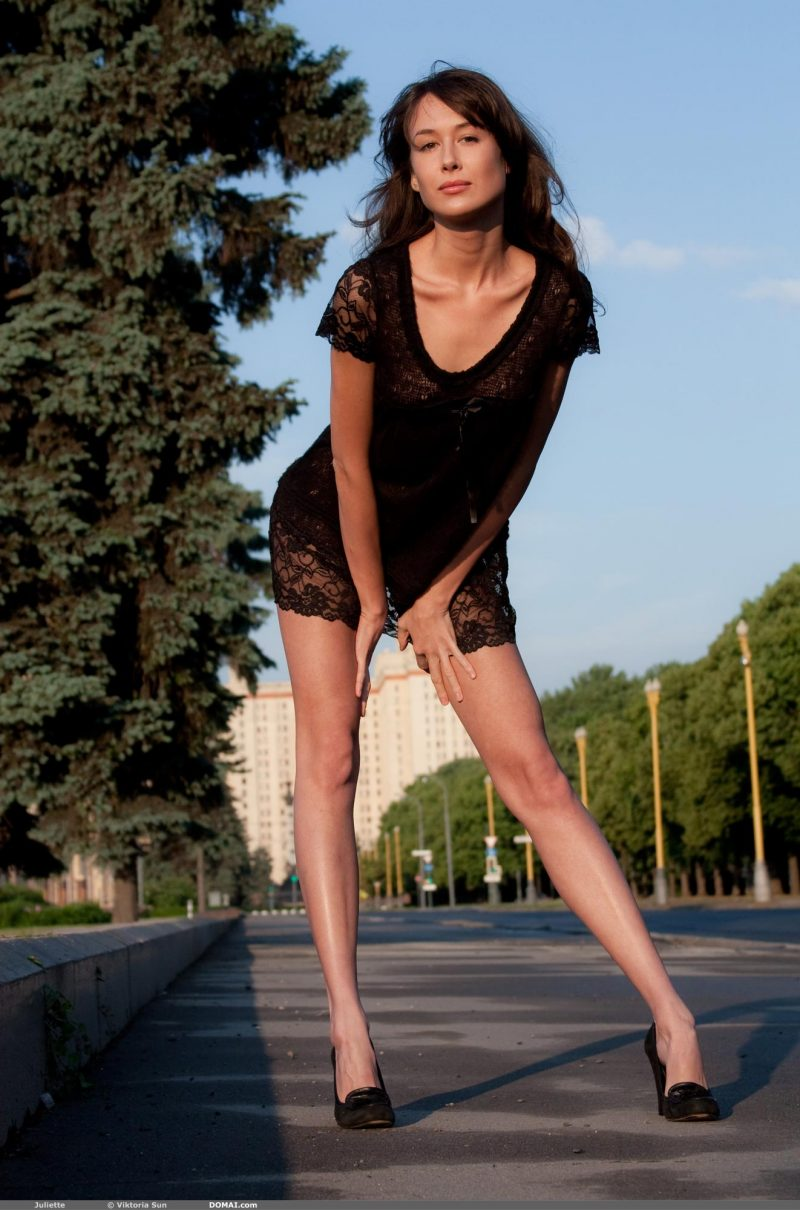 juliette-nude-public-domai-05