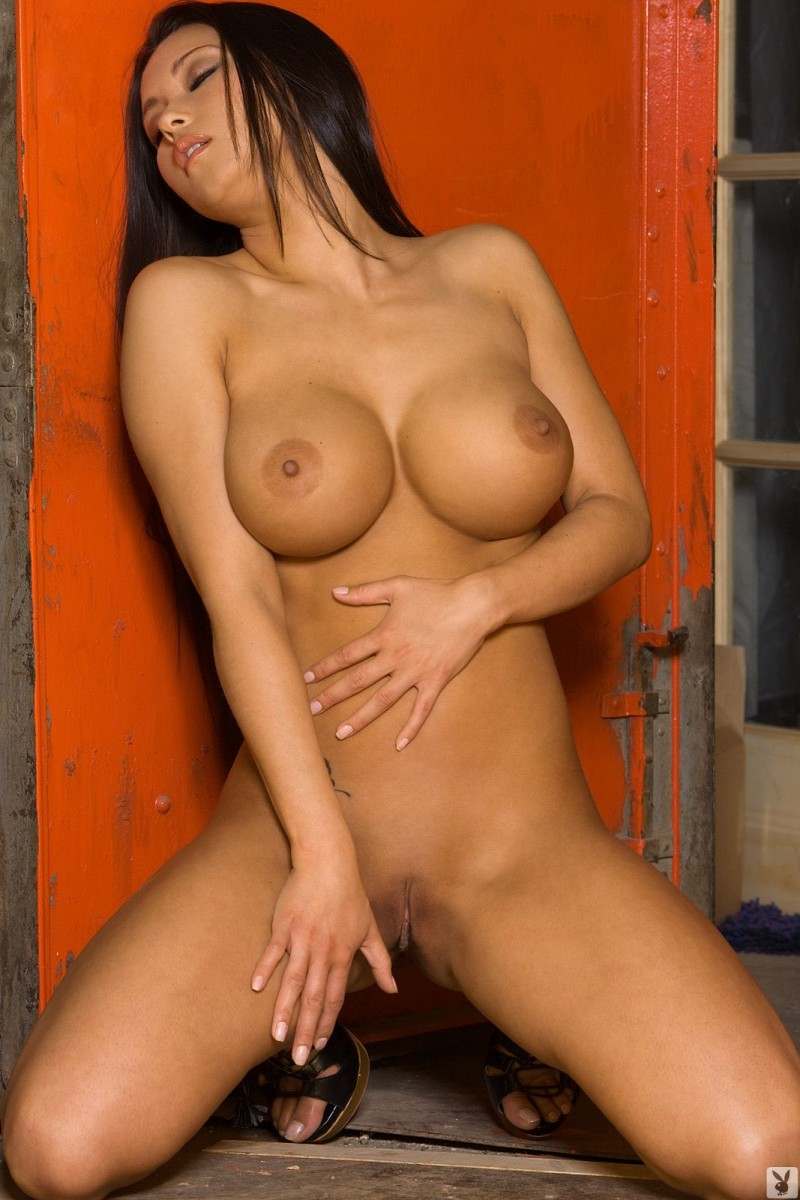 julri-waters-nude-cargo-lift-playboy-27