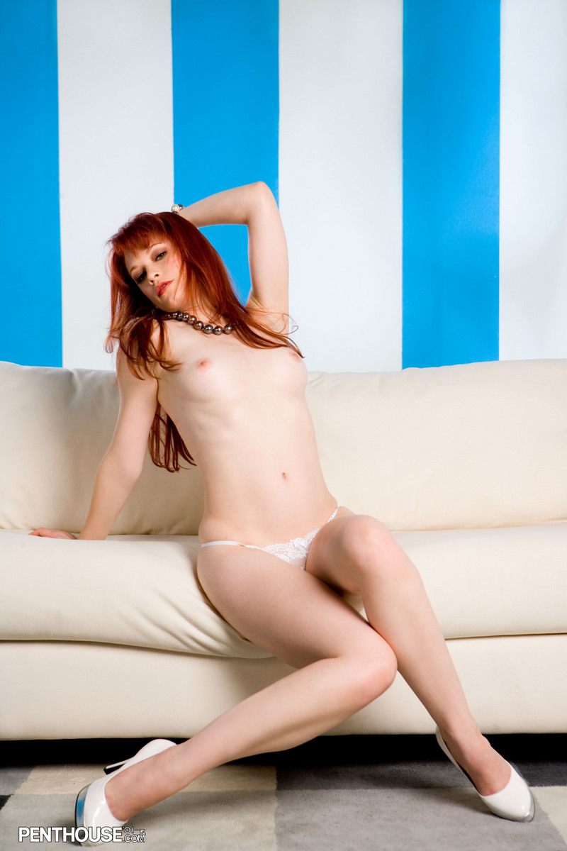 justine-joli-couch-penthouse-12